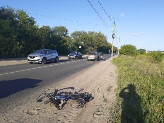 В Твери пьяный водитель без прав сбил велосипедиста