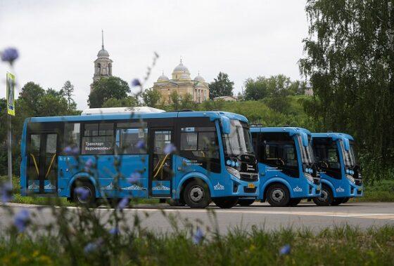 В Старице, Кимрах, Зубцове и Ржеве людей начали перевозить синие автобусы