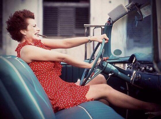 В Твери за рулем ездила сумасшедшая женщина