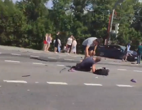Опубликовано видео ДТП под Торжком, в котором девочка сломала позвоночник