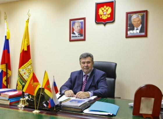 Председатель Тверского областного суда Александр Карташов ждет решения Кремля