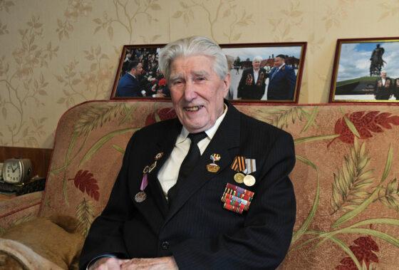Ветерану Великой Отечественной войны Борису Воробьеву сегодня 90 лет